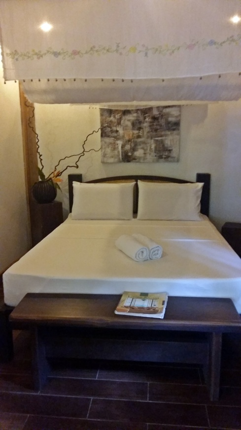 The twin-size bed available in the Cottage 3 villa.
