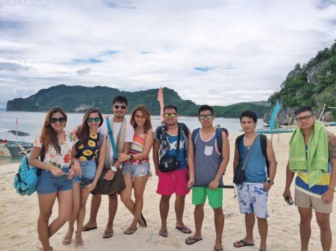 The Isla De Gigantes gang, signing off! :)